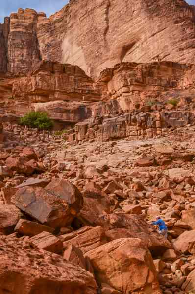 hiking up to Lawrence's Spring in Wadi Rum