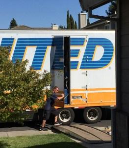 Mover shutting truck door
