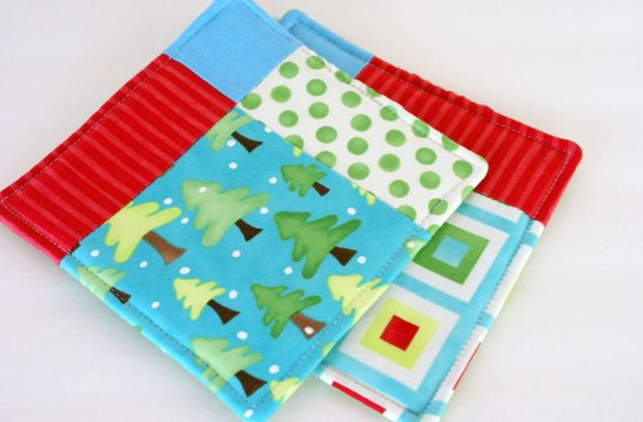 christmas in july potholder giveaway