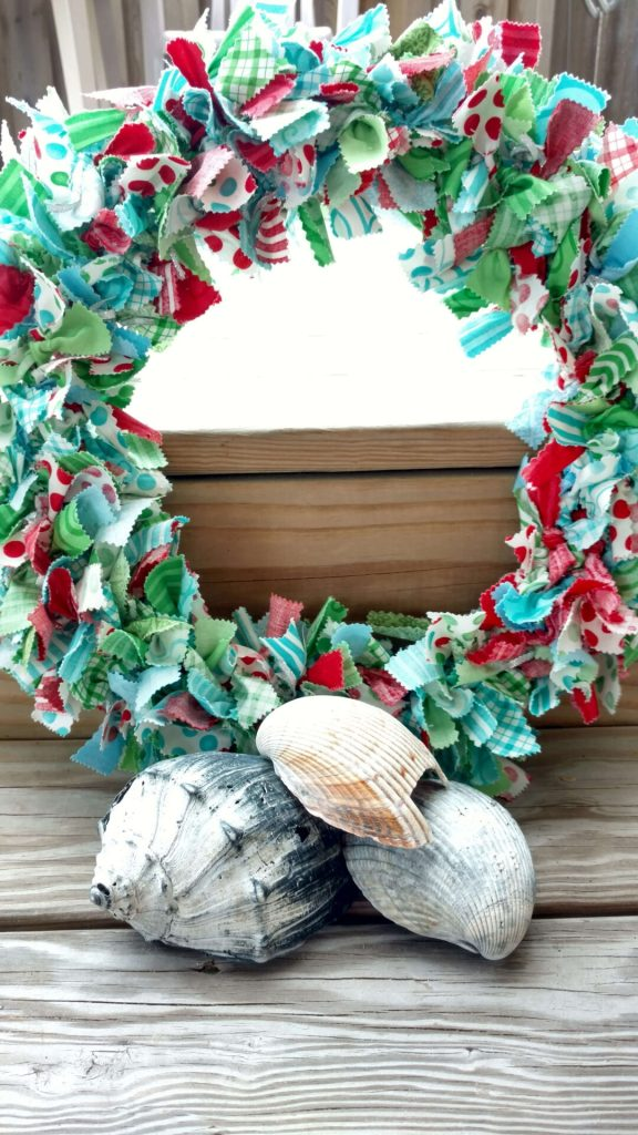 christmas fabric wreath tutorial