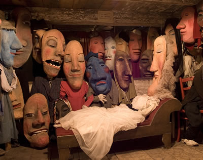 Bread and Puppet Theater