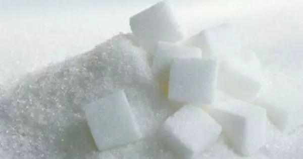 Azúcar (sacarosa) en granos y cubos