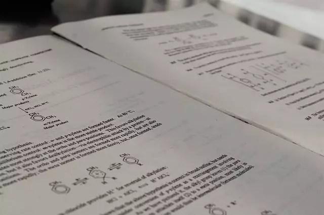 Revisar ejercicios resueltos, una opción para aprender química fácil y sencillo