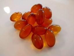 ácido docosahexaenoico o DHA en capsulas blandas para consumo humano