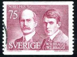 Sello postal Sueco en honor a los Bragg (1975)