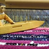 Weaving a bit