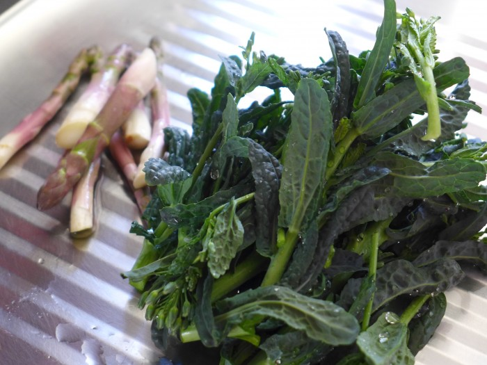 kale and asparagus