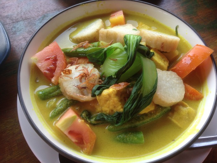 veggie curry with lontong (rice cooked in banana leaf)