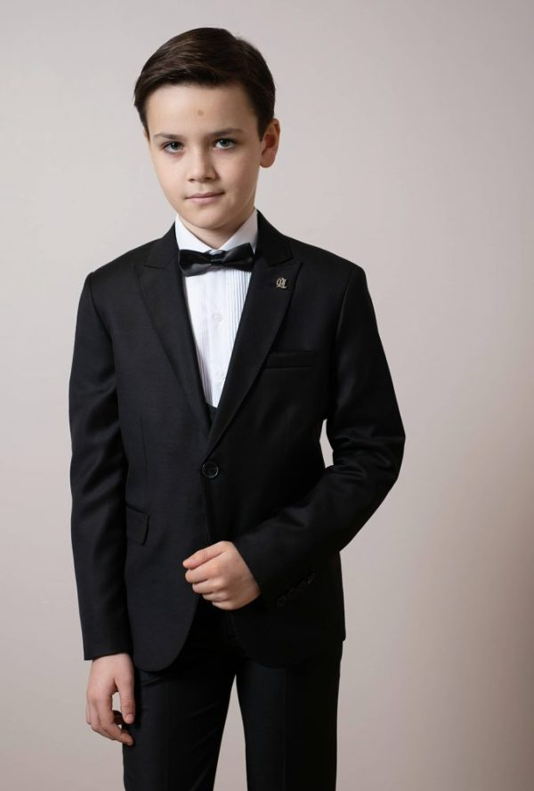 Boys Suits, Kids Suits, Wedding Suits, Communion Suits, Page Boy Suits, Boys Formal Wear, Kids Formal Wear London UK