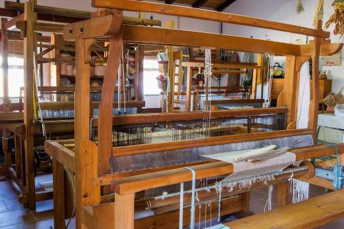 quinta dos trevos turismo rural e artesanato oficina de teares