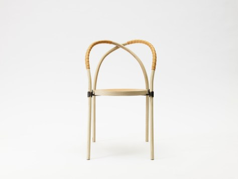 Bow chair av Lisa Hilland.