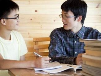 Mau Ikut Bimbel? Kamu Wajib Tahu Program Bimbingan Belajar yang Ada di Indonesia!
