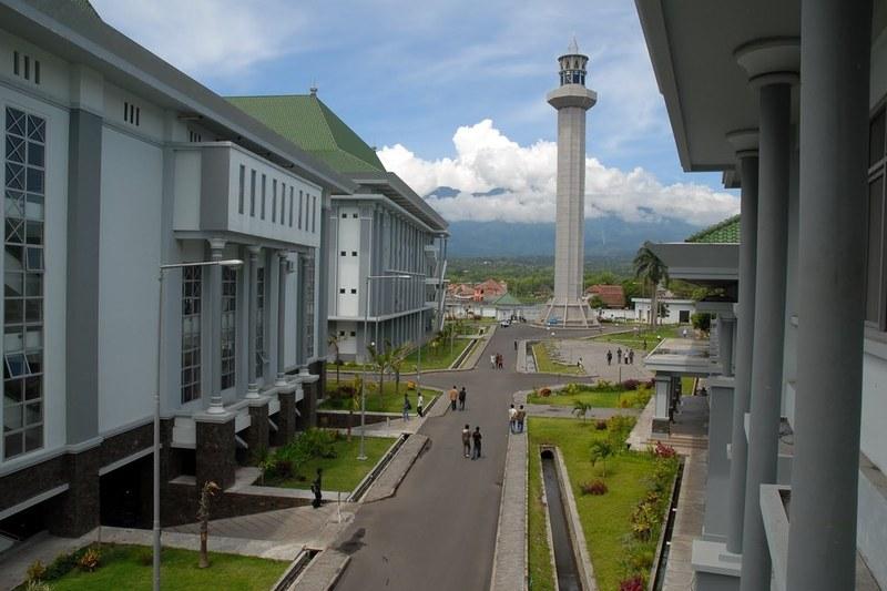 4 Universitas Islam Terbaik Bagimu yang tertarik Mendalami Agama Islam!