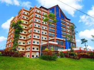 Universitas Negeri Surabaya - Mencetak Generasi Berkarakter dan Berbudaya