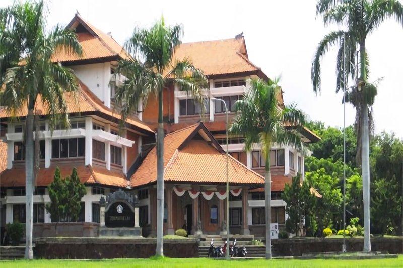 Kampus Asik dengan Berbagai Fasilitas Menarik? Hanya di Kampus Universitas Pendidikan Ganesha!