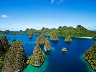 Inilah Tempat Wisata Menarik di Papua Barat yang Wajib Dikunjungi