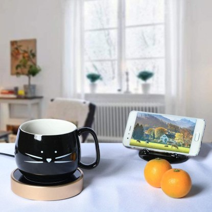 Coffee mug with cell phone holder lid
