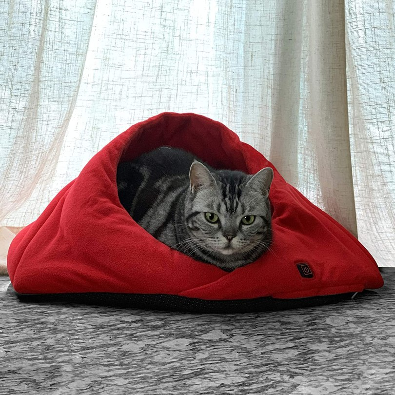narconic heated cat bed cave