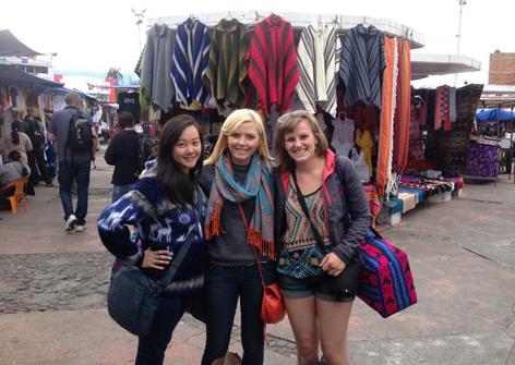 Otavalo Artisan Market - Travel Ecuador | Quirutoa