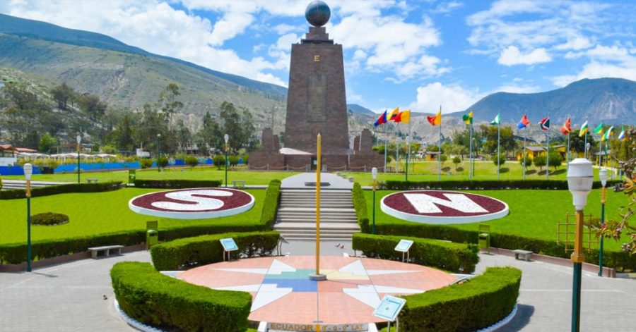 Middle of the Wold | Mitad del mundo | Travel Ecuador | Quirutoa