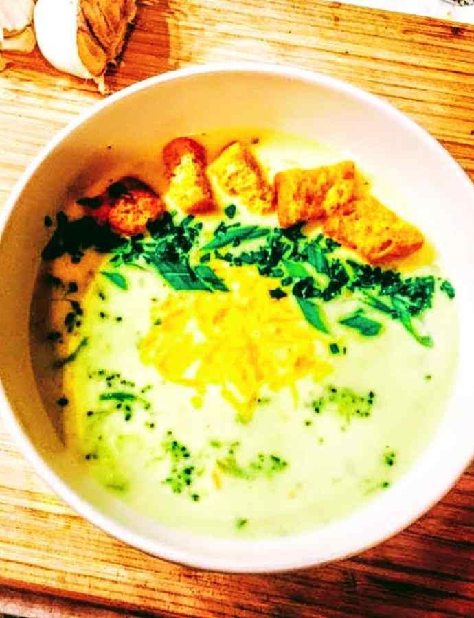 Broccoli Cheddar Scallion Soup