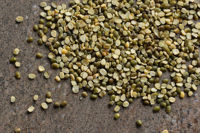 Moong dal (split mung beans).