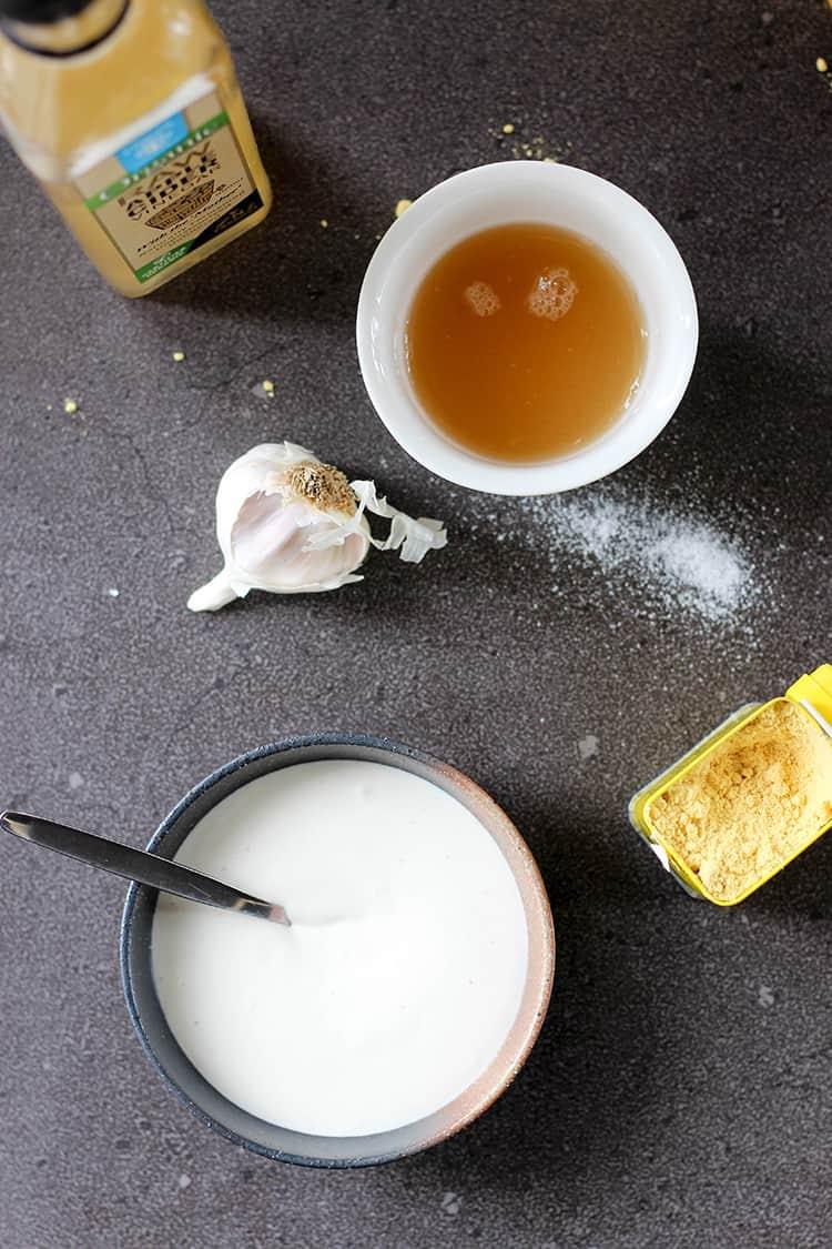 Eggless aioli ingredients.