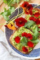 Green pea dip (vegan, gluten free and oil free).