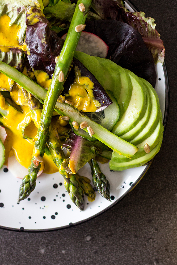 Asparagus salad with turmeric tahini dressing (vegan and gluten free).