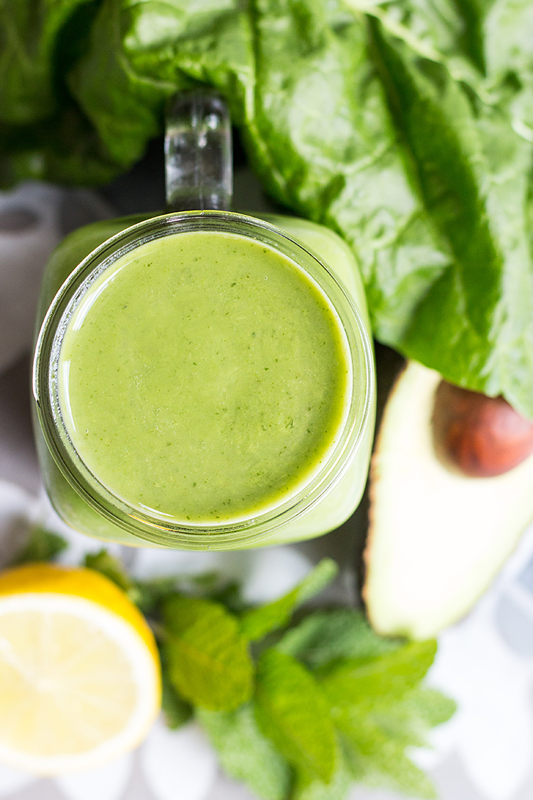 Avocado and mint green smoothie.