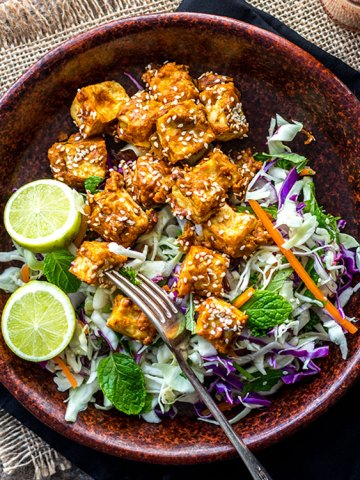 Baked spicy peanut butter tofu (vegan and gluten free).