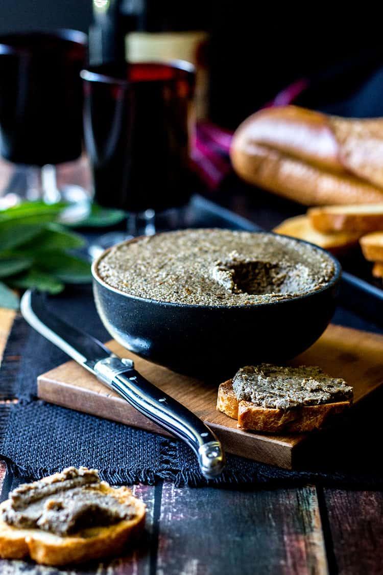 Mushroom and hazelnut vegan pate (gluten free).