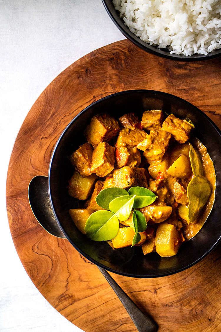Balinese tempeh and potato curry (vegan and gluten free).
