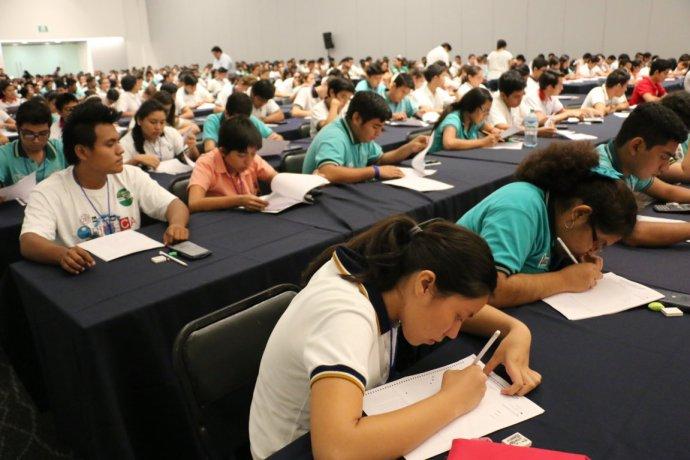 En este arranque del certamen participaron más de 450 estudiantes