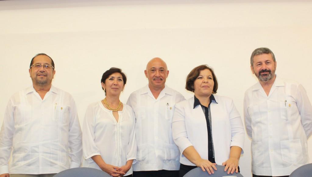 Rinde protesta nueva directora de la Facultad de Antropología