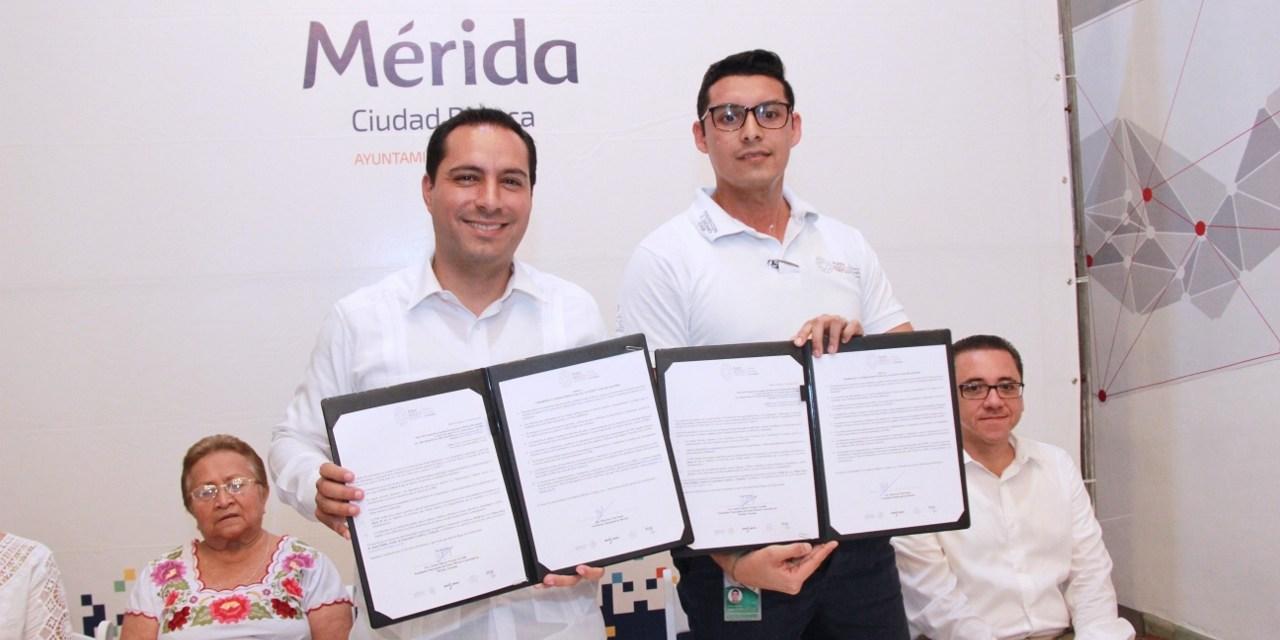 """El alcalde firma convenio con """"Punto México Conectado"""" para beneficio de adultos mayores"""