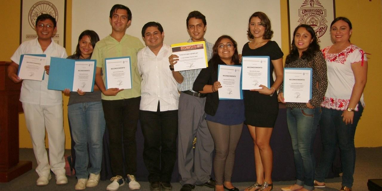 Universitarios Ejemplares