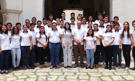 Estudiantes de la Preparatoria Uno destacan en concursos nacionales