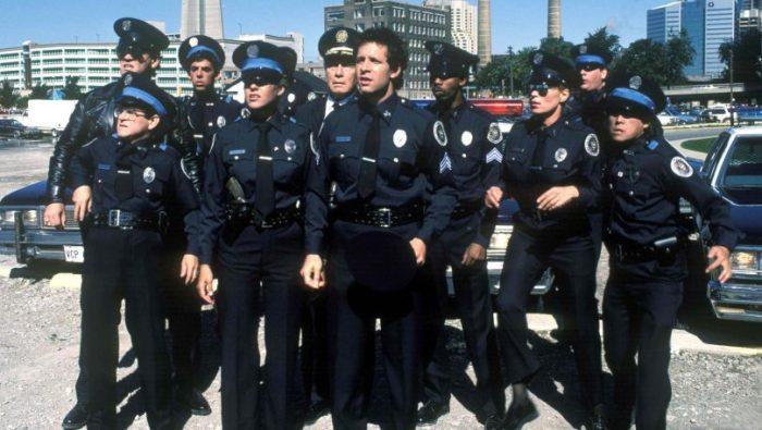 policiais do filme Loucademia de Polícia