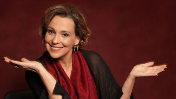 foto da atriz famosa Ana Beatriz Nogueira