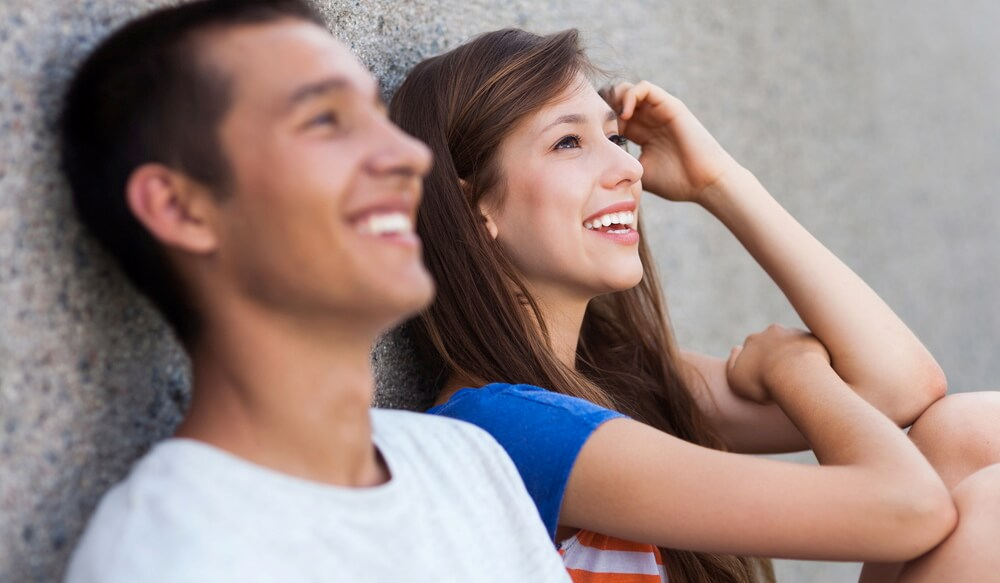 Čo robiť, keď vaša ex priateľka je datovania váš priateľ