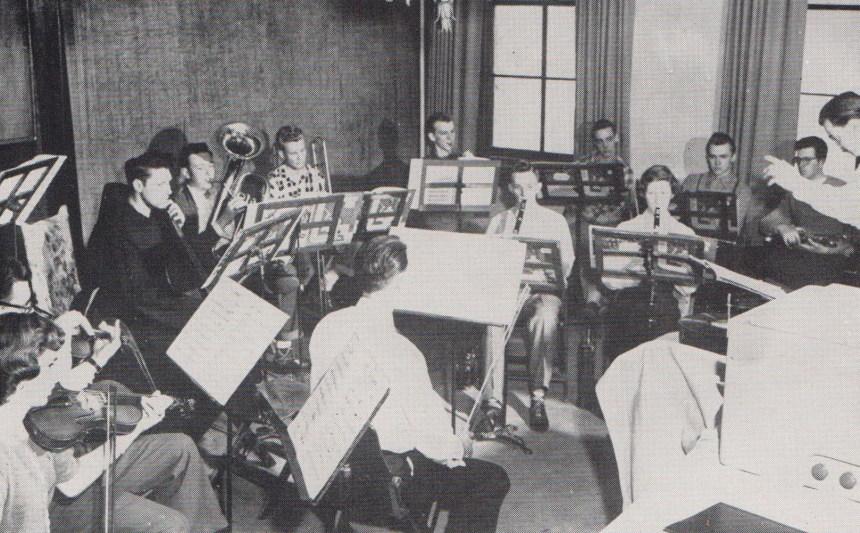 qu-band-1950s-pic-1