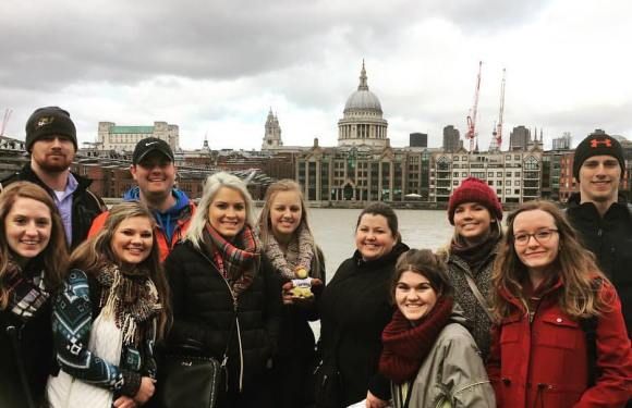 QU Students Travel to London