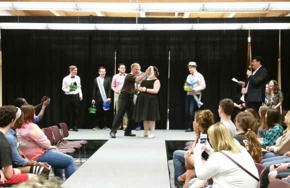 AOPi Hosts Mr. GQ Pageant