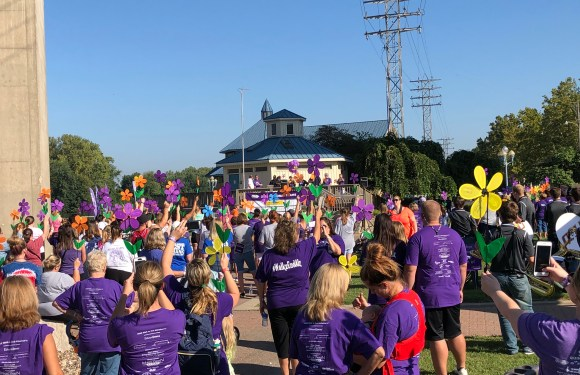 QU Students Participate in Walk to End Alzheimer's
