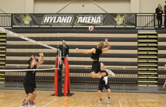 QU Student Athletes Skip Breaks for Sports