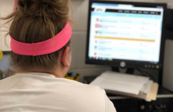 Does Taking Online Classes Help with Student Schedules?