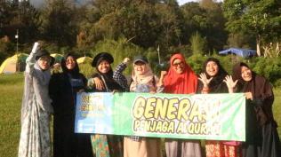 Para Srikandi Sekolah Tahfizh Cianjur