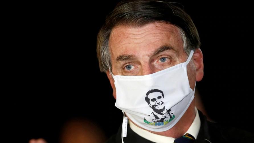 "Bolsonaro y la ""gripecita"" de la Covid-19"