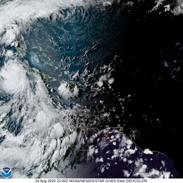 Resumen: trayectoria de la Tormenta Tropical Laura